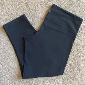 Lululemon dark gray/navy crop pants